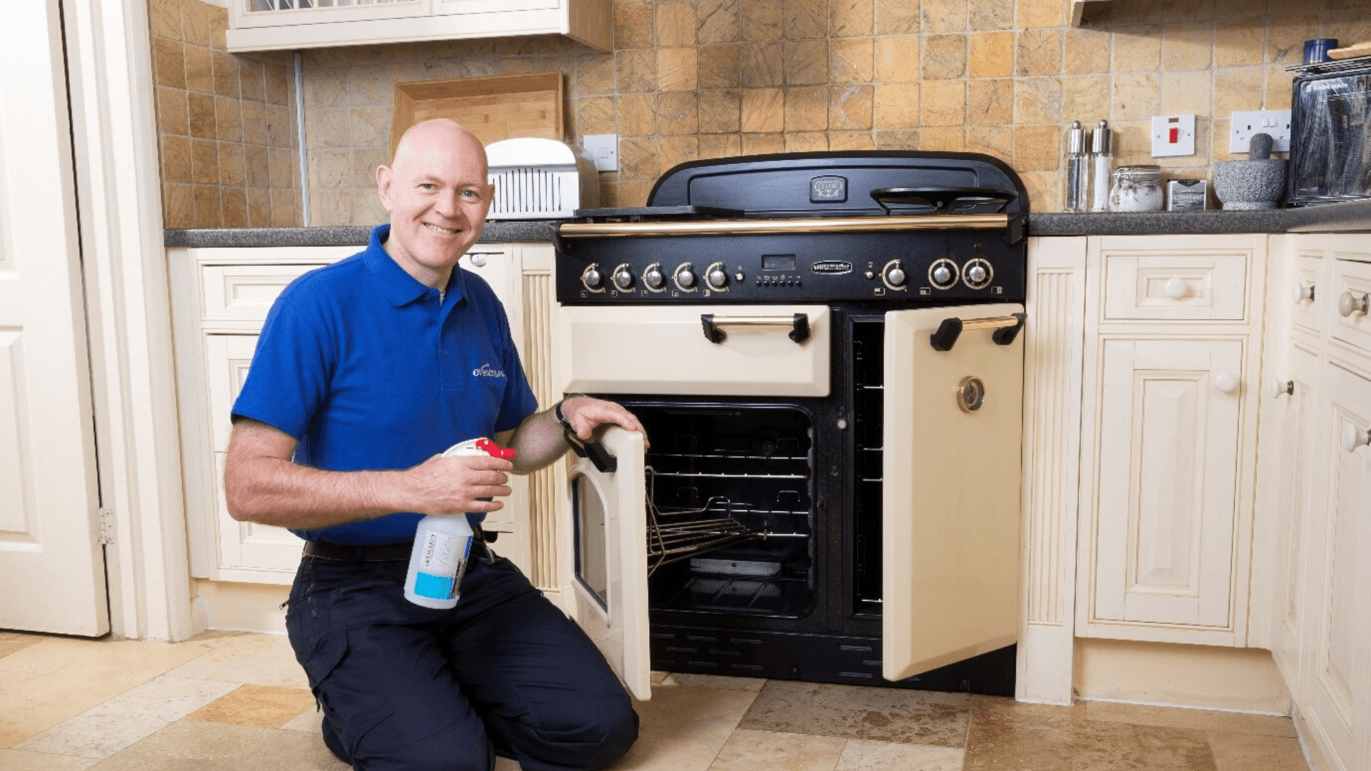 Oven Clean Featured Image Directory Feb 2020